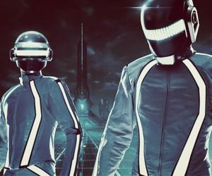 Video: Legendary TRON Light Suit Dance