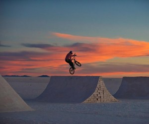HIGH ALTITUDE BMX SHREDDING IN A SALT DESERT