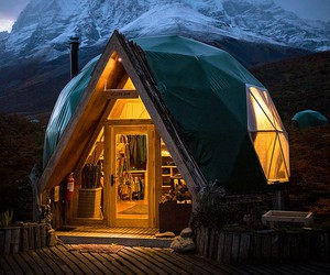 Stay overnight under an eco-friendly dome