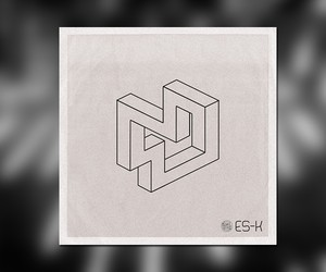 "Es-K – ""One Continuous Moment"""