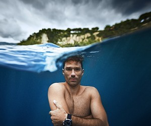 OCEAN GRAVITY BY FREEDIVER GUILLAUME NÉRY