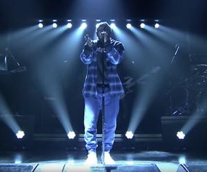 """Kendrick Lamar live on Jimmy Fallon – """"Blue Face"""""""