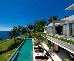 Malimbu Cliff Villa in Indonesia