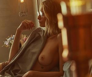 Victor Daguano sensual photos of Mariana Oliveira