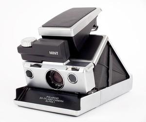 Mint SLR670M Camera