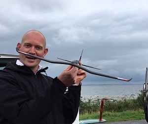 Kitefinder takes the test the new NAISH Hydrofoil