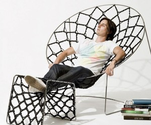 Springy Mesh Chair Design