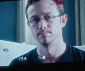 New Snowden Trailer Released at Comic Con