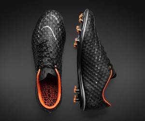 Nike Hypervenom Phantom Transform