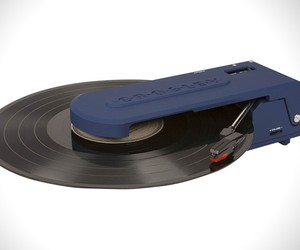 Crossley Revolution Turntable