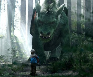 Disney's 'Pete's Dragon' First Official Trailer