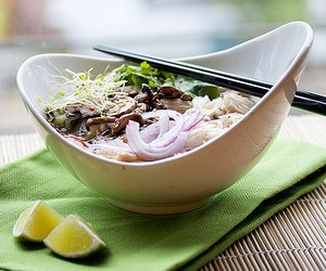 Chicken &amp; Mushroom Pho