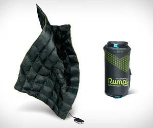 Rumpl Puffe Heated Blanket