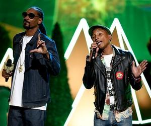 "Snoop Dogg x Pharrell ""California Rolls"" (Live)"