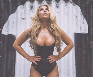 Sydney Maler in front of the camera by Van Style