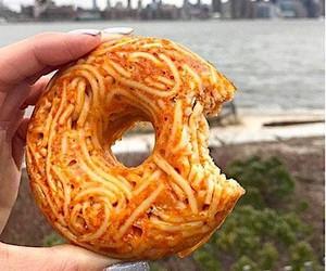 Italo Fast Food: Spaghetti Donut!