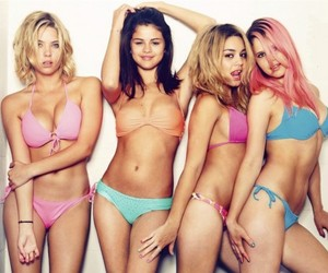 First Trailer for Spring Breakers