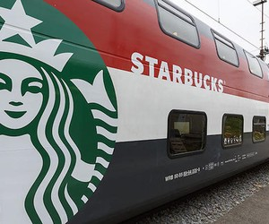 Geneva Starbucks Train Car