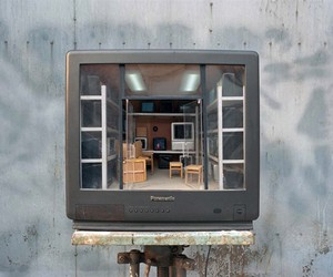 Intricately Sculpted Rooms Built Inside Old TVSets